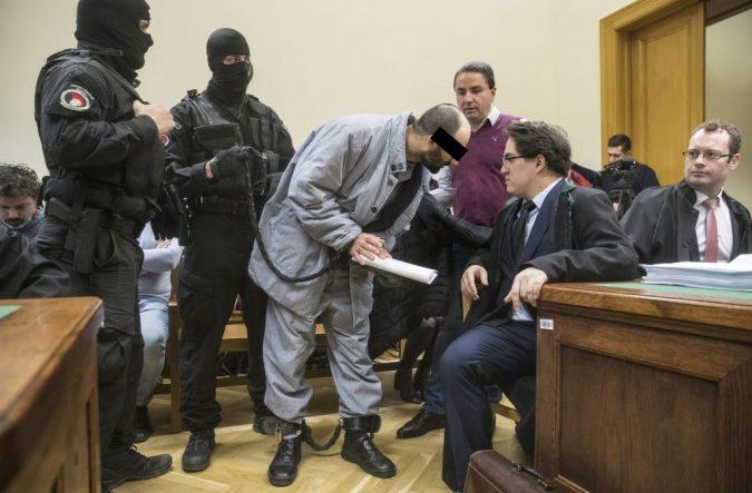 Ahmed arcát kitakarni!!!!