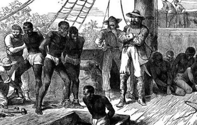 slaves-on-slave-ship-910x512