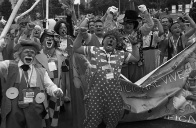 clown-protest